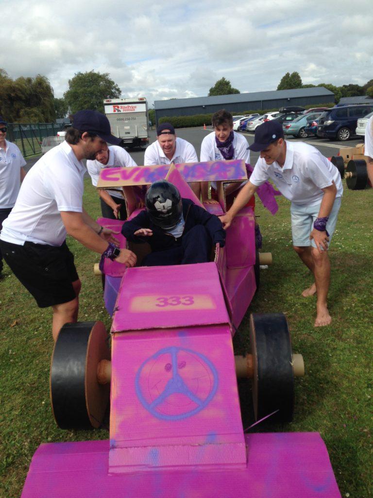 Tetra Pak Flat Out Formula 1